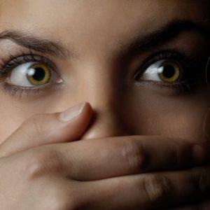 Как уничтожить запах изо рта